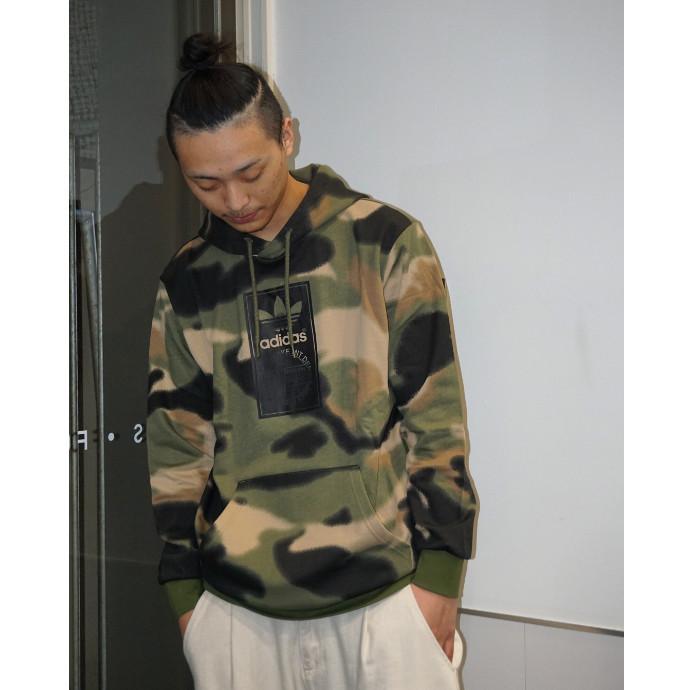新作カモ柄アイテム!!