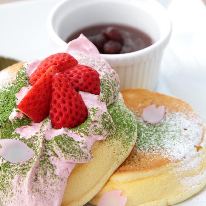 🆕季節限定メニューのお知らせ🎉🌸幸せの桜パンケーキ🌸