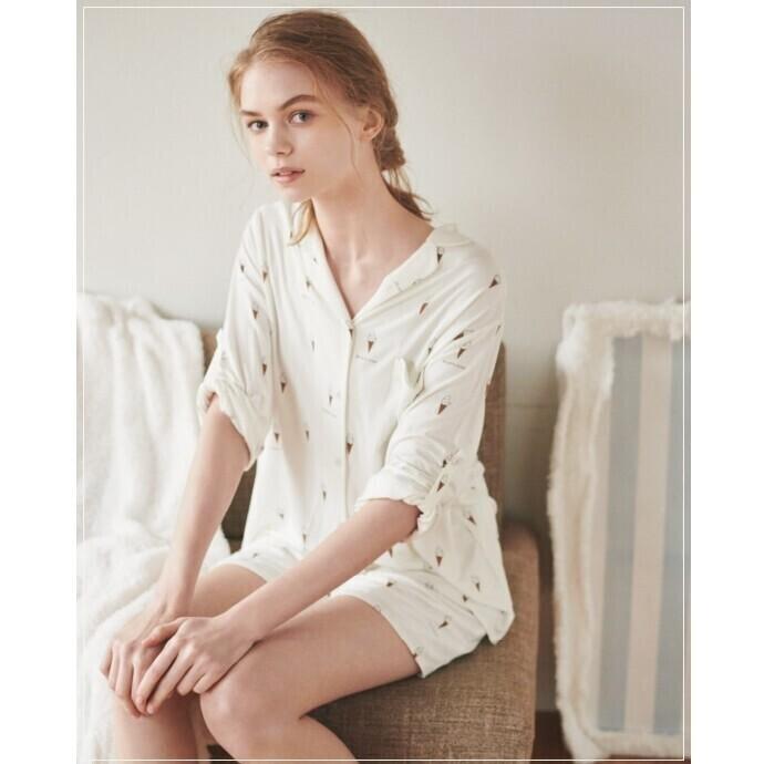 【しっとりとしたミルク繊維に包まれるアイス柄パジャマ】