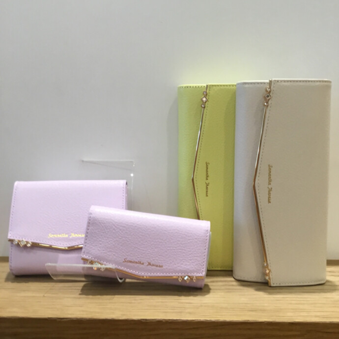 ❤️新作お財布❤️人気のソフィーシリーズから新色カラーが入店❤️