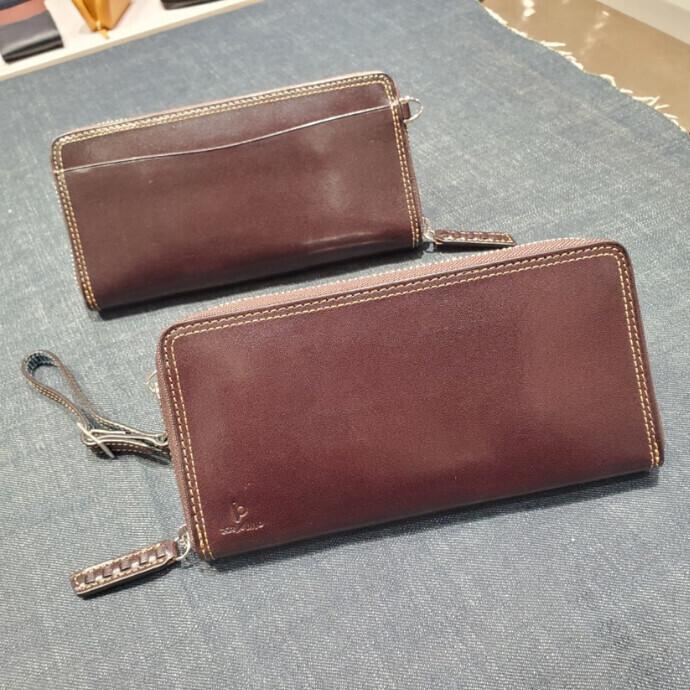 Atelier HIROのラウンドファスナー長財布