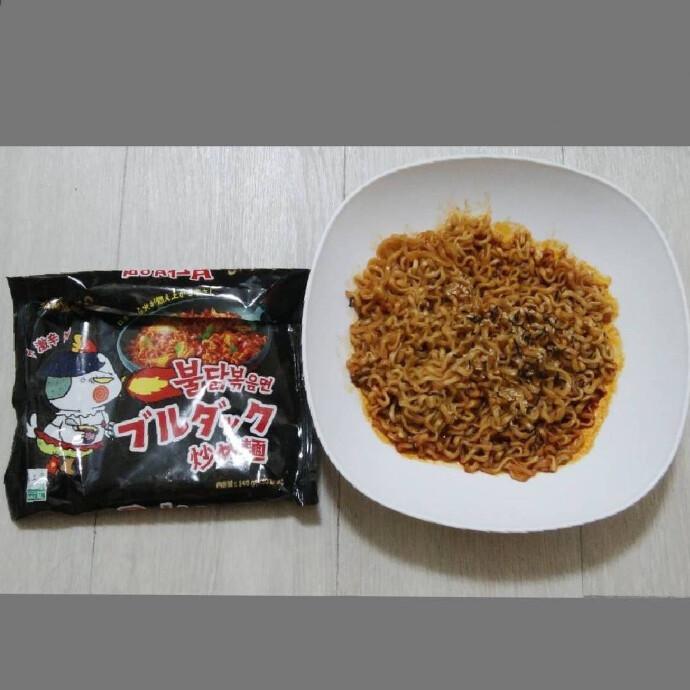 SAMYANG ブルダック炒め麺