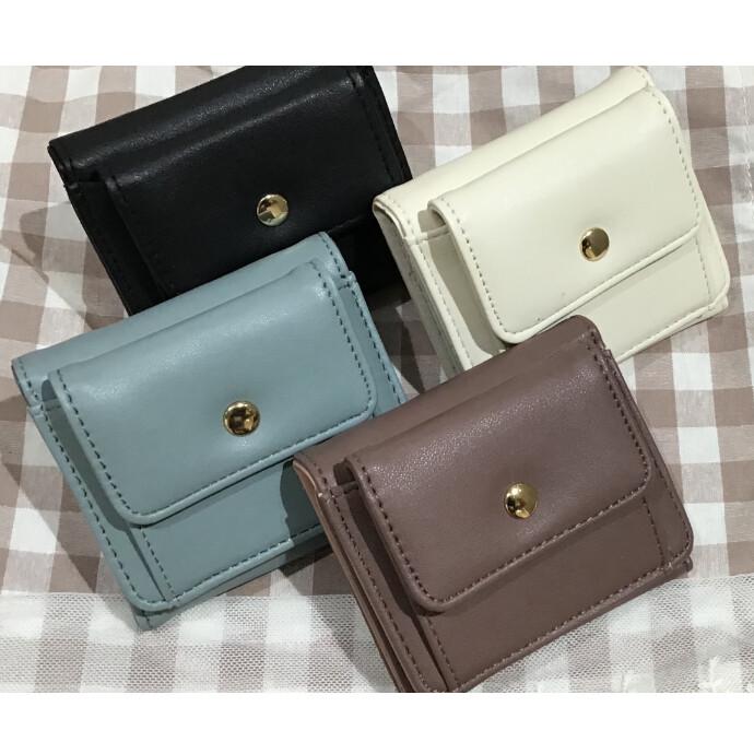 シンプルかわいい三つ折り財布のご紹介🌻
