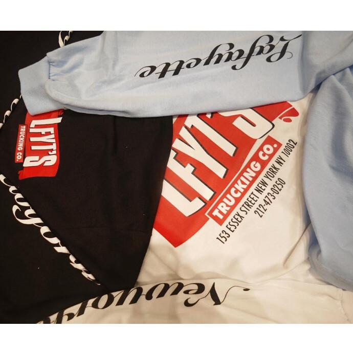 アメリカらしいデザインが魅力のロングスリーブTシャツ登場‼️