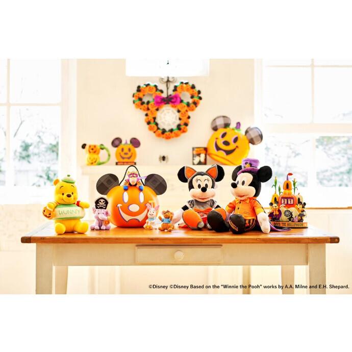 ハロウィーンを楽しもう!仮装したミッキーやプーさんたちのアイテムなどを 9 月 3 日(金)より順次発売
