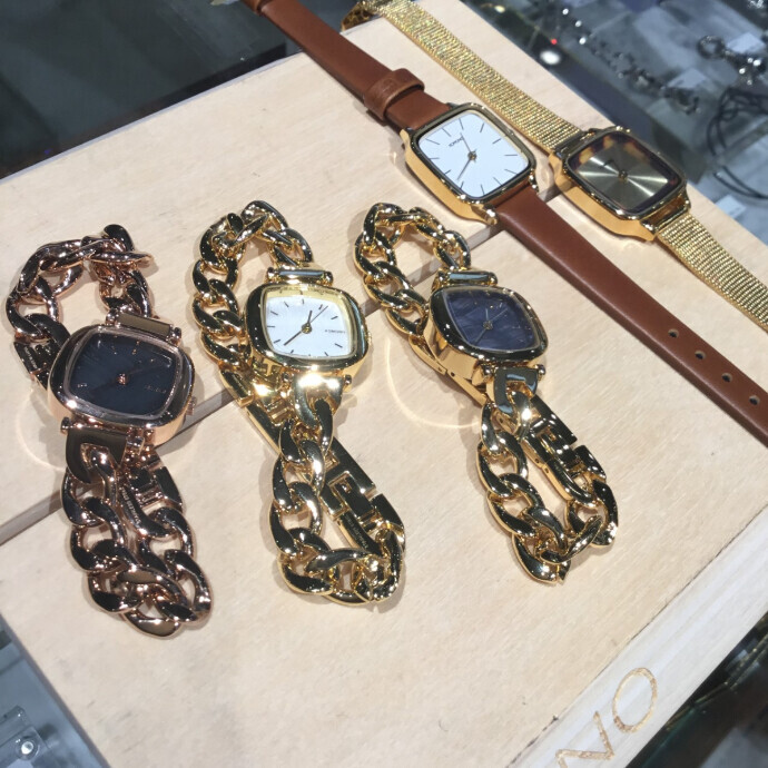 女性へオススメのKOMONO(時計)