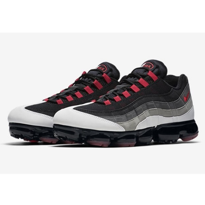"近日発売!!NIKE AIR VAPORMAX 95 ""Hot Red"""