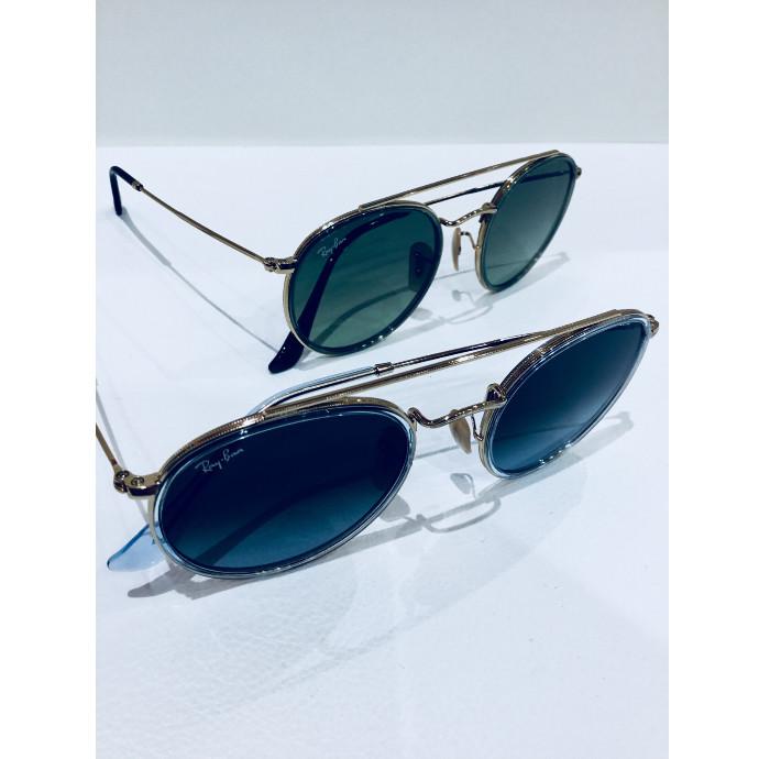新入荷のサングラス