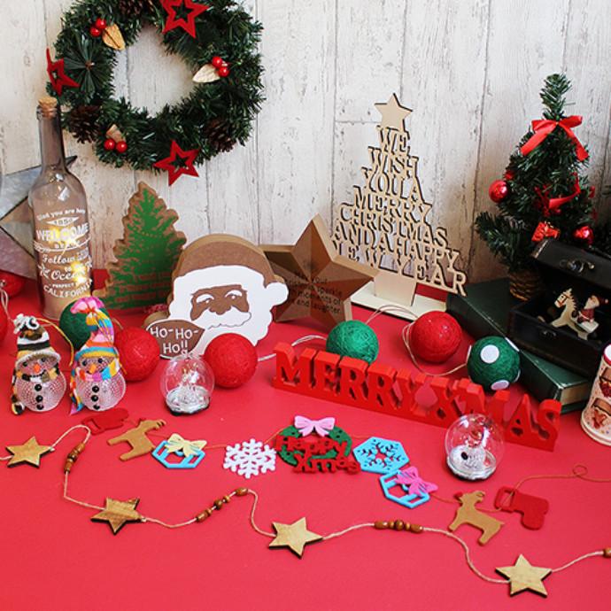 クリスマスグッツ入荷しています!