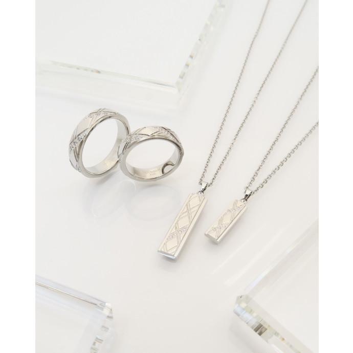 【2人だけの特別感。ネックレスとリングをセットで着けれる人気デザインの最新作】