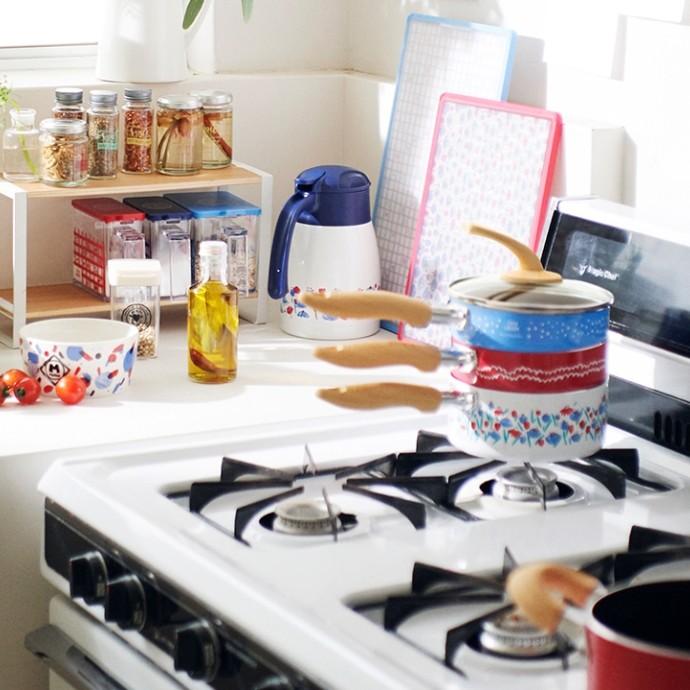 My Favorite Kitchen 好きなものに囲まれた朝がいい。