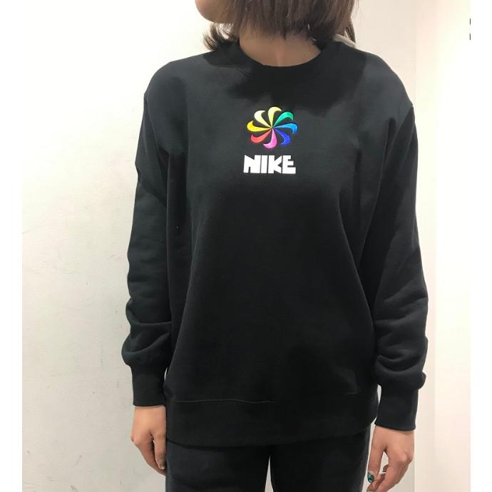 【W NIKEウェア新作商品★】