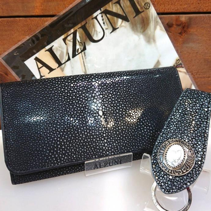 スティングレイのお財布再入荷しました!