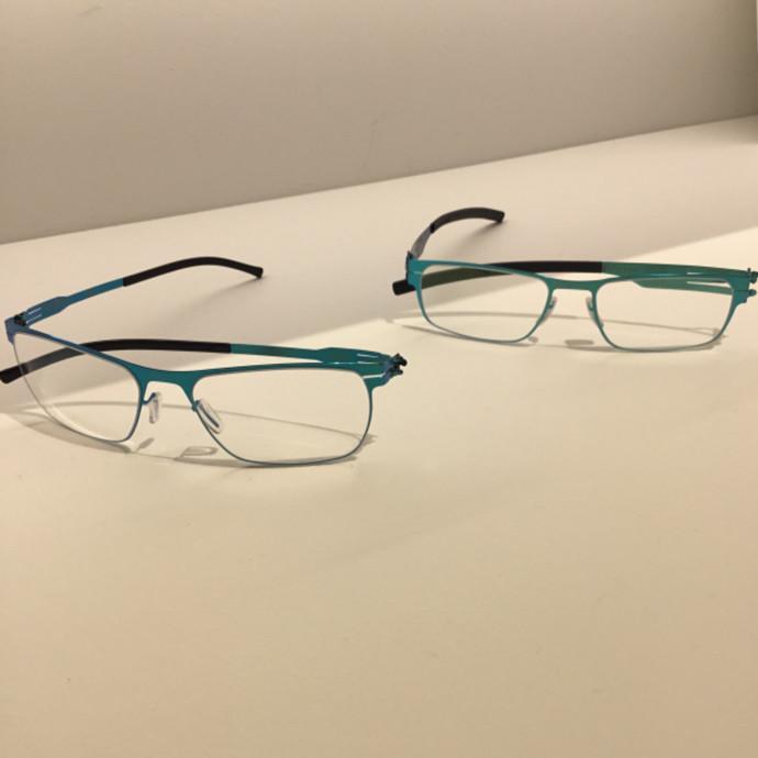夏のメガネ