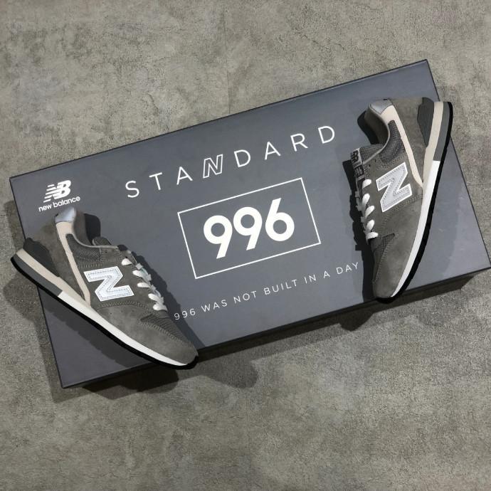 ニューバランスを代表するモデル「996」が進化して登場。