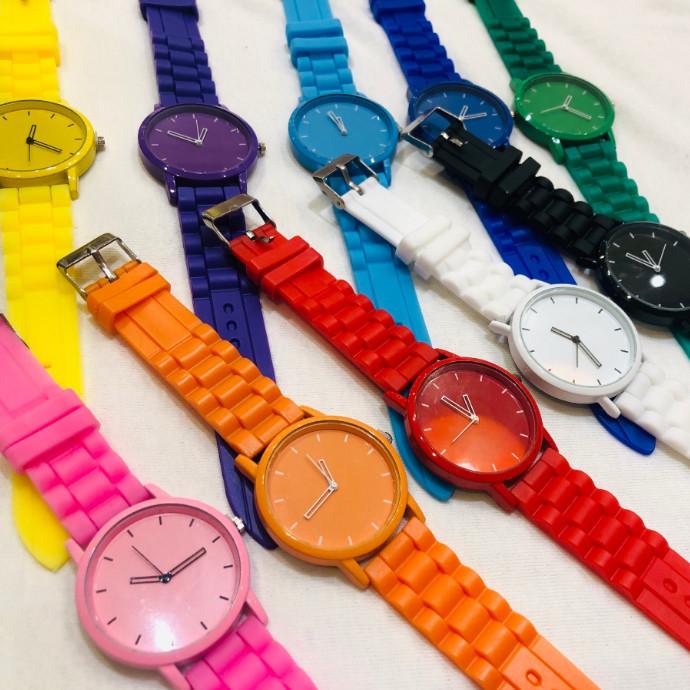☆カラフルな腕時計☆