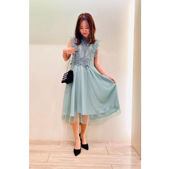 ミントグリーンドレス