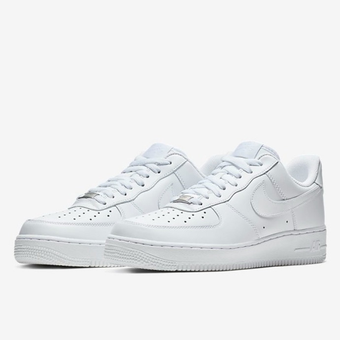 【6/10(水)NIKE AIRFORCE1 LOW Women's 再入荷★】
