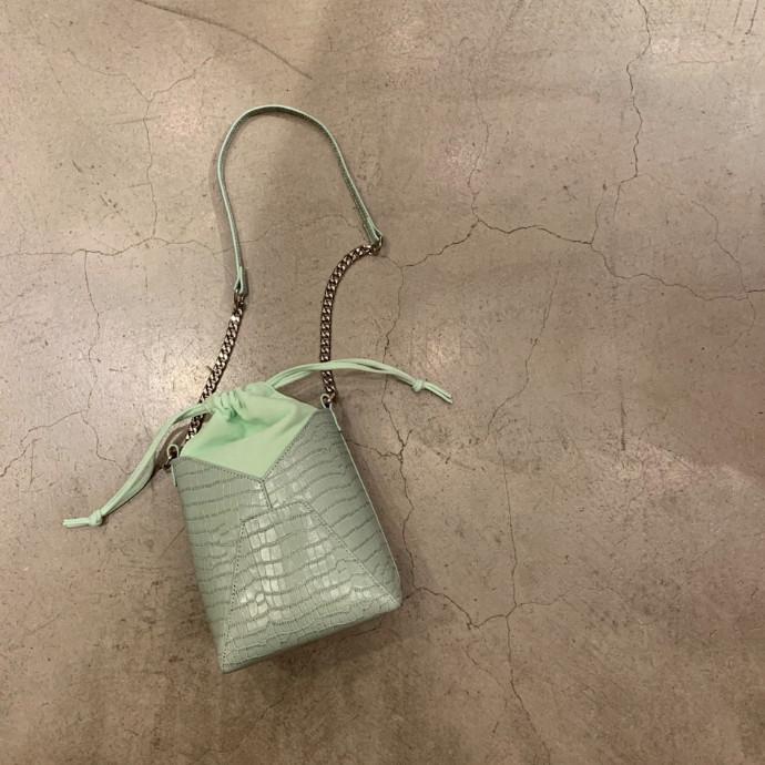 チェーンクロコ巾着BAG