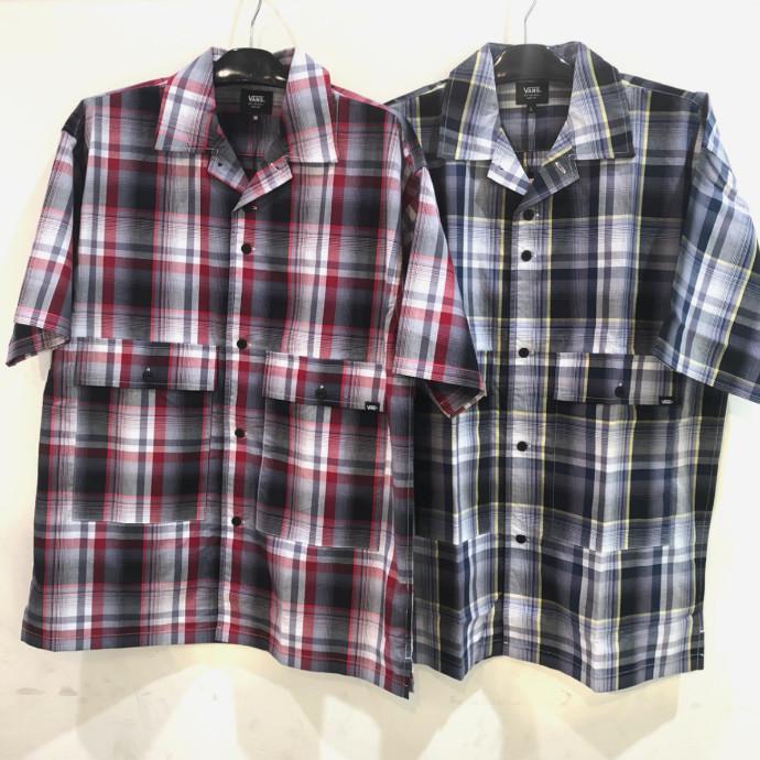 チェックシャツ(゜o゜)