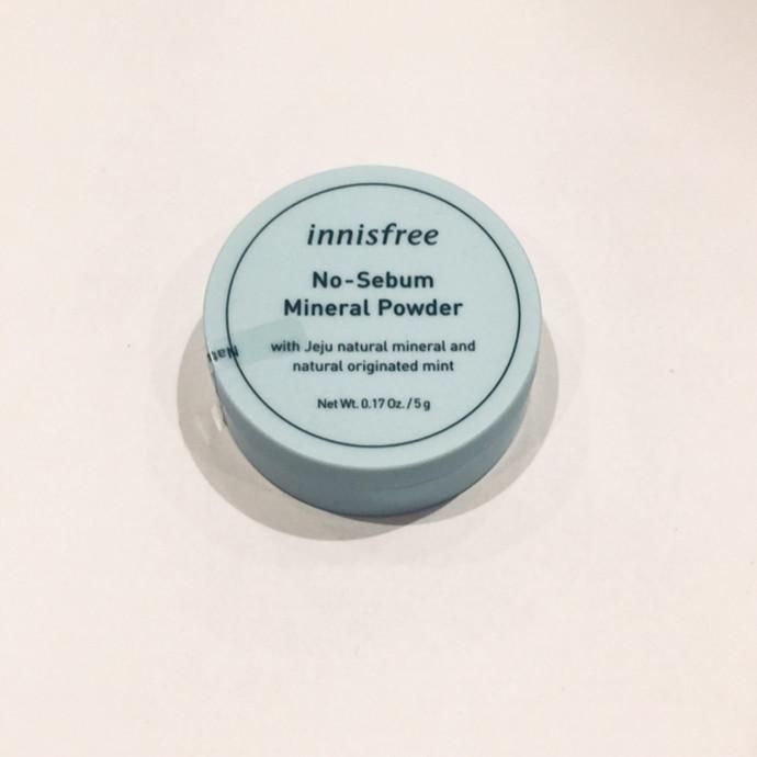 *innisfree No-Sebum Mineral Powder *