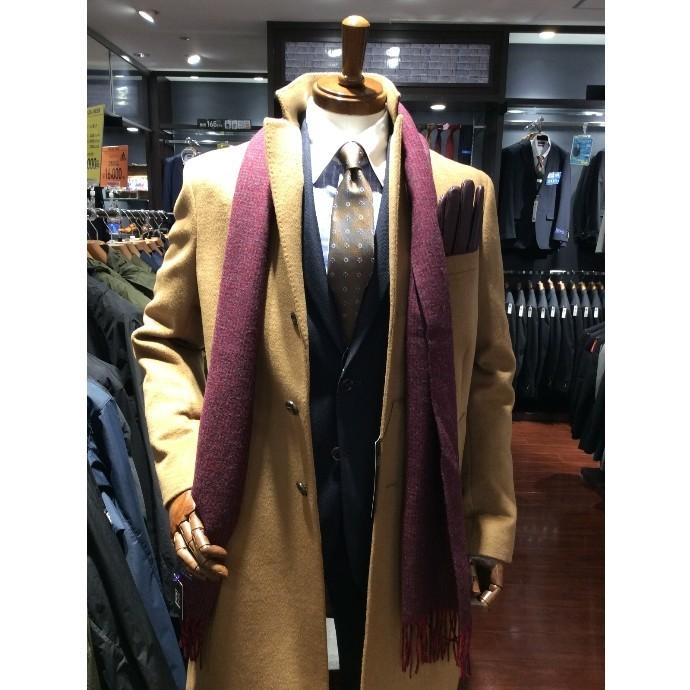 軽くて暖かいコートで冬の外出をオシャレに!